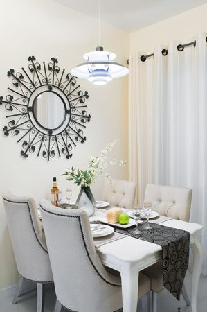 droplight: Camera Diner impostazione in una nuova casa