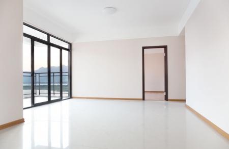 balcony door: Nueva sala de estar listo para nuevos propietarios de vivienda en China.