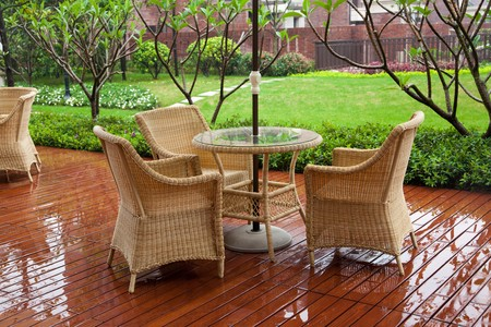 garden furniture: Modern set of outdoors patio furniture in a backyard Stock Photo