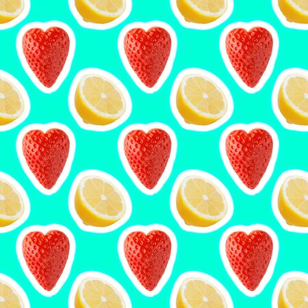 seamless food pattern with fresh slice lemon and strawberries on light cyan background Zdjęcie Seryjne - 140234471