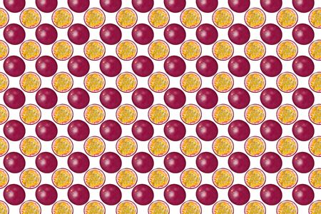 Seamless pattern of passion fruit. Texture on colored background. From top view. full depth of field. Minimal summer concept. Zdjęcie Seryjne