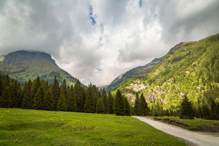 Panoramic natural landscapes. Wide-open spaces. Bagolino, Gaver locality, Valle Sabbia, Lombardy region in Italy. Foto de archivo