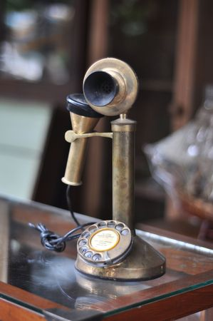pinchbeck: Old Telephone Antique Brass