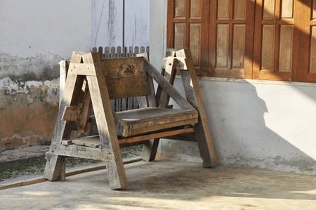 Old Bench Wood Brown House photo
