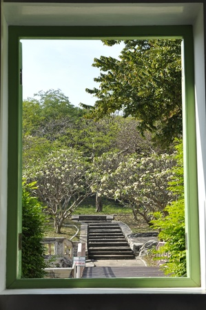 Shadow Garden Classic Style Frame