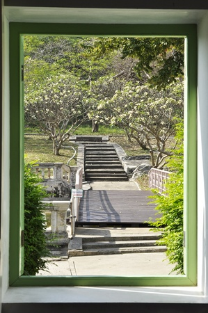 Shadow Garden Style Frame Classic