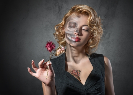 fading: Halloween costume - portrait of dead actress
