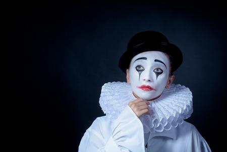 mimo: Pierrot Mime triste Foto de archivo