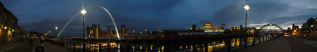 A panorama of the River Tyne in Newcastle at night