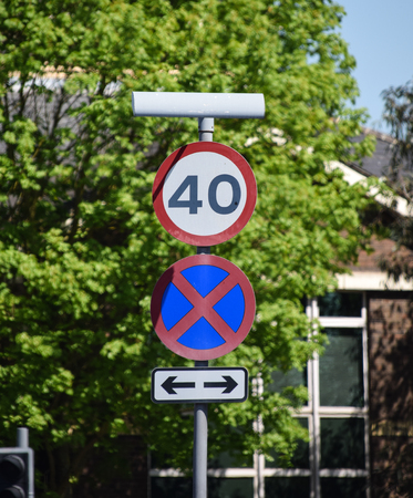 Signs for a 40 MPH speed limit and Causeway