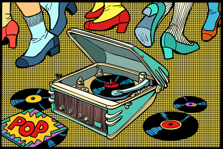retro dancing gramophone. a music party. disco men and women. Comic book cartoon pop art illustration retro drawing Vectores