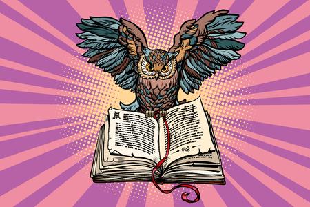 Uil op een oud boek, een symbool van wijsheid en kennis