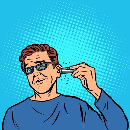 ein Mann rasiert sich die Haare im Ohr