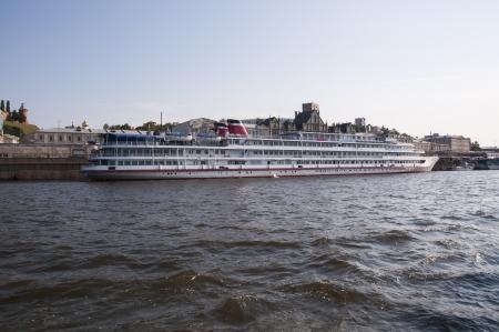 cruise ships at berth Stock Photo - 16900785