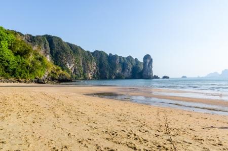 water s edge: Tramonto sul mare della Thailandia Archivio Fotografico