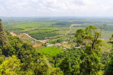 water s edge: Vista dalla montagna nella provincia di Krabi Thailandia