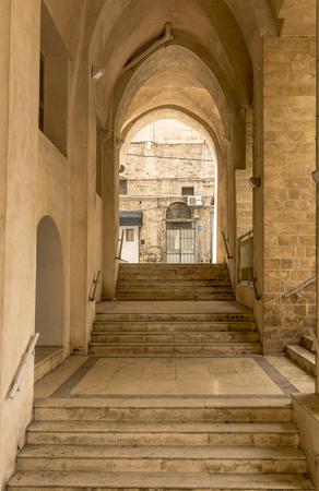 arcos de piedra: galer�a de arcos de piedra y en Jaffa