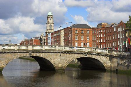 liffey: Bridge over the river Liffey in Dublin, Ireland.