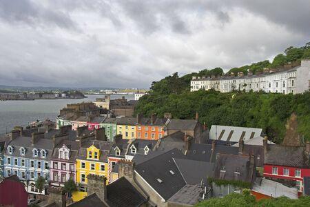 emigranti: Il comune di Cobh, Irlanda del Sud, situata sulla Grande Isola nel Cork Harbour.
