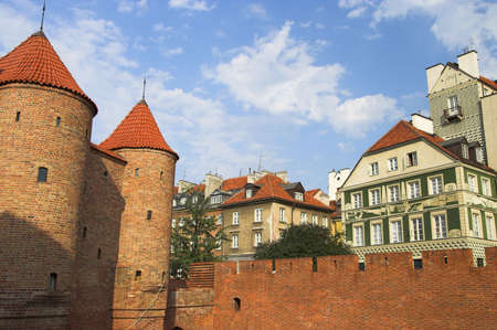 védekező: Defensive walls surrounding Old Town in Warsaw, Poland. Stock fotó