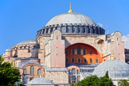 Byzantine architecture of the Hagia Sophia ( The Church of the Holy Wisdom or Ayasofya in Turkish ), famous historic landmark and world wonder in Istanbul, Turkey Stok Fotoğraf