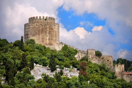 hisari: Rumelihisari Castle also known as Castle of Europe, medieval landmark in Istanbul, Turkey. Stock Photo