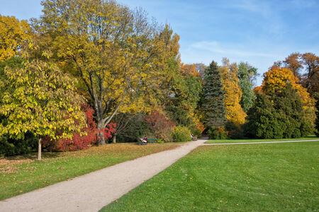 lazienki: Royal Lazienki Park (Polish: Lazienki Krolewskie, Park Lazienkowski) in autumn, city of Warsaw, Poland. Stock Photo
