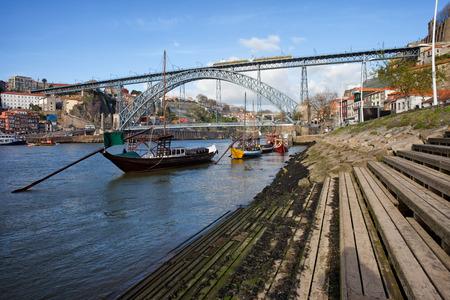 rabelo: Dom Luis I Bridge over Douro river between Porto and Vila Nova de Gaia in Portugal.