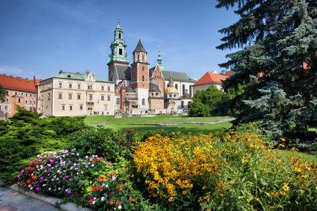 royal park: Wawel Cathedral (Polish: Katedra Wawelska, na Wawelu) in Krakow, Poland, Royal Garden on Wawel Castle grounds.