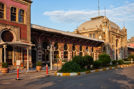 Turkey, Istanbul, Sirkeci railway station at sunset, last stop of the Orient Express, historic city landmark opened in 1890. Éditoriale