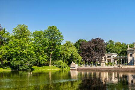 Königlicher Lazienki-Park in der Stadt Warschau in Polen.