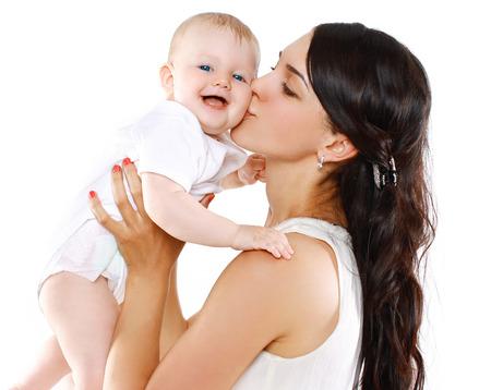 cute babies: Feliz madre y el beb� Retrato Foto de archivo