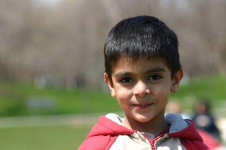 old year: un ragazzo di 3 anni che sorride