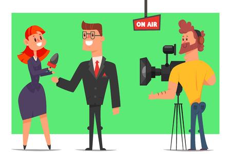 Periodista con micrófono toma entrevistas a un empresario en estudio. Vector de dibujos animados personajes planos de un hombre, una mujer y un operador con cámara de televisión sobre un fondo verde clave. Foto de archivo - 95970579