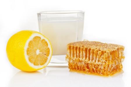 milk with honey and lemon