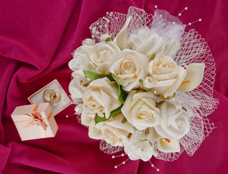 wedding bouquet and rings for Valentine's Day photo