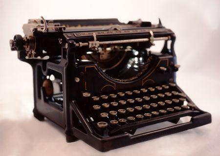 black manual vintage typewriter viewed from the front Standard-Bild