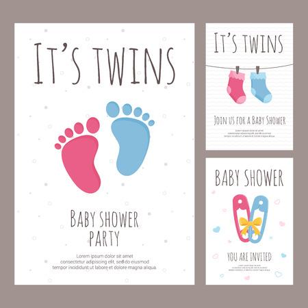 Illustration vectorielle d'invitation à la douche de bébé dans un style plat - bannières verticales pour la célébration de la naissance de jumeaux avec des éléments roses et bleus pour tout-petits avec du texte sur fond texturé blanc. Vecteurs