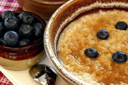 oatmeal: Oatmeal and Blueberries-Macro