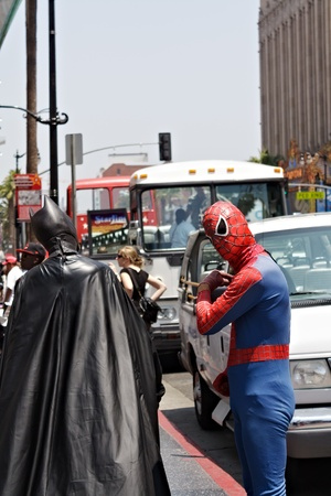 spiderman: LOS ANGELES - MAY 27  Batman and Spiderman Impersonators on Hollywood Blvd , May 27, 2009 in Hollywood, CA