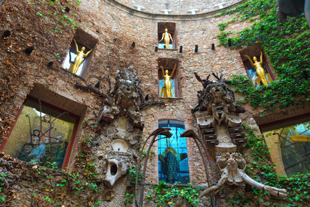 salvador dali: Figueres, Spain - June 17, 2014: Fragment of Main courtyard in Dalis Theatre - Museum building, opened on September 28, 1974 and housing the largest collection of works by Salvador Dali. Spain.