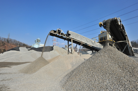on aggregate: Sand aggregate operations Editorial