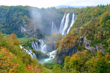 가을 플리트 비체 호수 폭포, 크로아티아