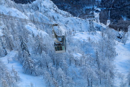 wintersport: Cable car in mountains, Vogel ski center the Julian Alps in Slovenia, Europe Stock Photo