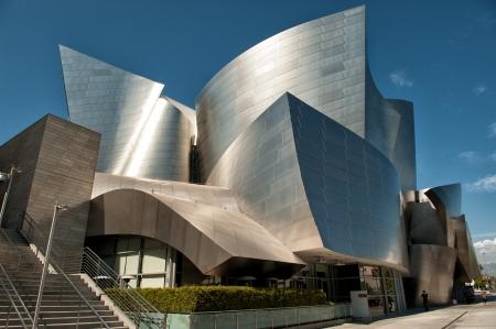 Los Angeles, CA, USA - 23 september 2012: Walt Disney Concert Hall in Los Angeles. De wereldberoemde concertzaal ontworpen door Frank Gehry is de thuisbasis van Los Angeles Filharmonie. Redactioneel