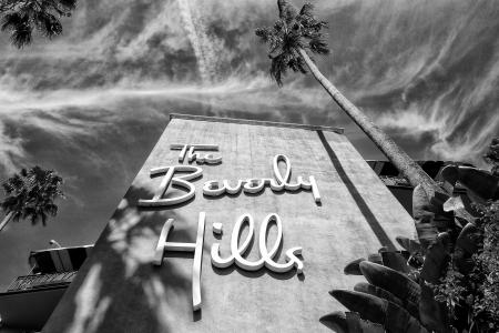 Los Angeles, Verenigde Staten - 21 september 2012: Het Beverly Hills Hotel is een beroemde luxe hotel op Sunset Boulevard dat zijn 100e verjaardag viert 2012.