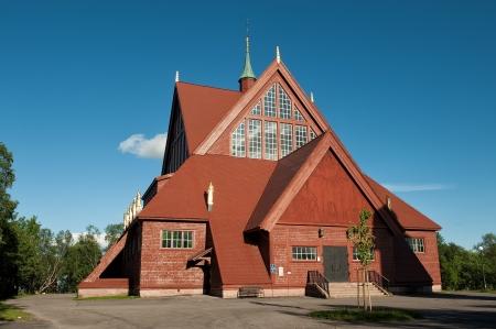 głosowało: Kiruna, Szwecja - 3 lipca 2011: Kiruna Kościół został uznany za najpiękniejszy budynek w Szwecji. Zostanie on przeniesiony na rozwijające górnictwa podziemnego. Publikacyjne