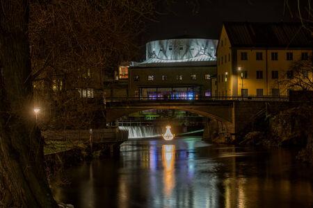 paesaggio industriale: Decorazioni di Natale nel famoso paesaggio industriale di Norrk�ping, Svezia