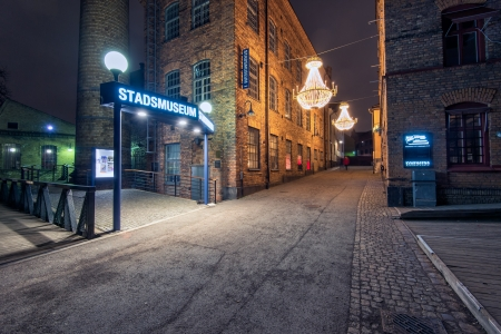 paesaggio industriale: Norrk�ping, Svezia - 1 Gennaio 2014 decorazioni natalizie nel famoso paesaggio industriale di Norrk�ping, Svezia