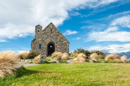 good shepherd: Church of the Good Shepherd, Lake Tekapo, New Zealand is a popular wedding church